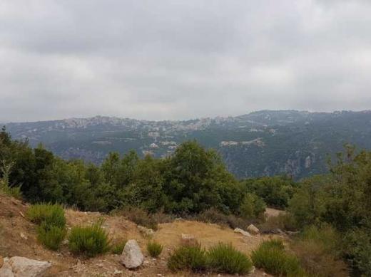 Land in Kfar Zebian - Land For Sale in Kfarzebian :