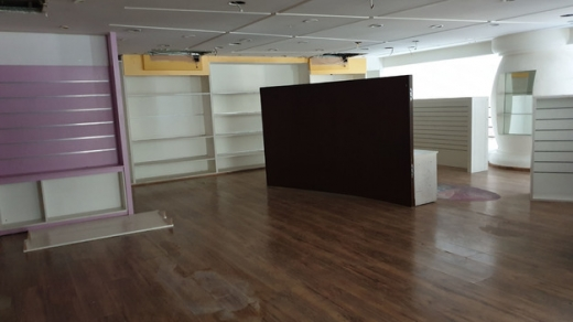 Shop in Achrafieh - Shop For Rent in Achrafieh With a Very Good Exposure