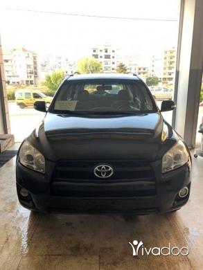 تويوتا في مدينة بيروت - RAV4 2010 4wheel 4cyl