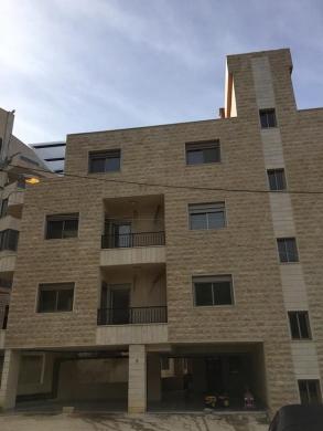 Apartments in Broumana - شقة للبيع في جورة البلوط 123م