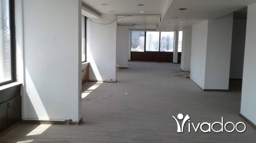 Other Commercial in Sin el-Fil - Office For Rent in Mirna Chalouhi - L04671