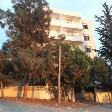 Apartments in Derb el-Simme - شقة للبيع في سيروب طابق 4 مطلة على البحر
