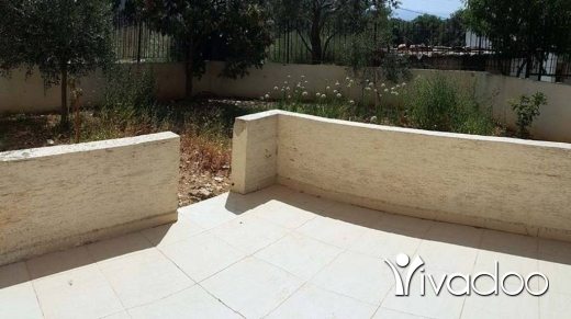 Apartments in Amchit - Apartment For Rent in Aamchit In A Very Calm Neighborhood With A Front Yard : L04716