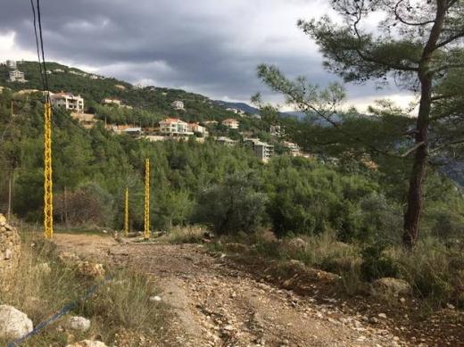Villas in Oyoun - BUILDING FOR SALE OUYOUN BROUMANA