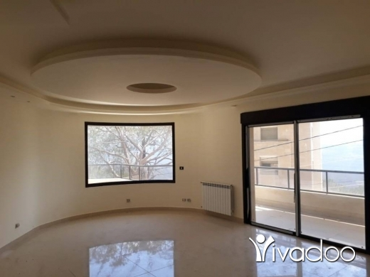 Apartments in Baabdat - Spacious Apartment For Sale with Terrace & View in Baabdat - L04403