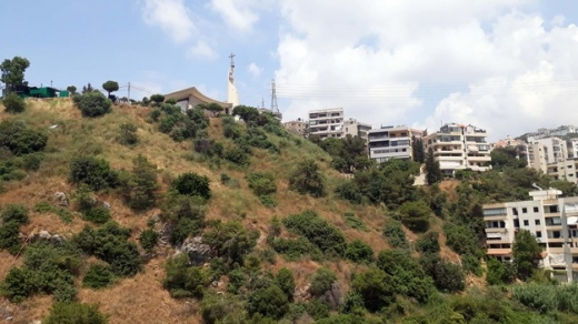 Apartments in Awkar - Spacious Apartment For Sale in Aoukar with Mountain View   4 Parking Spots