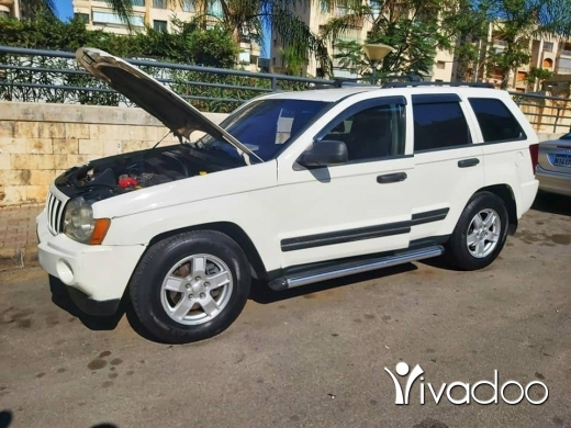 Jeep in Beirut City - 7 800 $ Jeep laredo limited 2005 clean ‎بيروت, بيروت