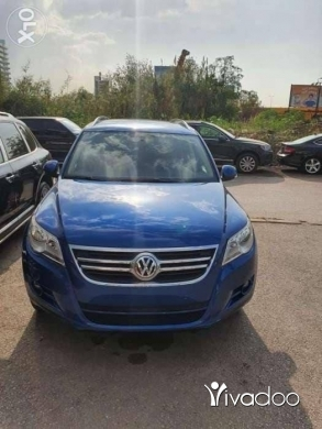 Volkswagen in Antelias - 6 500 $ Tiguan 2009 front wheel drive 2.0 cell:03186686 انطلياس, جبل لبنان