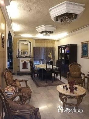 Apartments in Beirut City - 170 000 $ شقه للبيع في حاره حريك قرب باتيسري كريمينو بيروت, بيروت