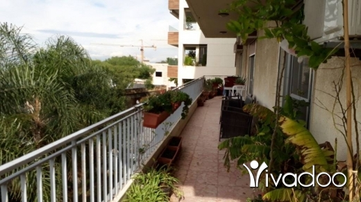 Appartements dans Awkar - Spacious Apartment For Sale At Aoukar Belle Vue With A Nice View - L03966