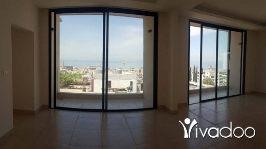 Apartments in Jbeil - Spacious Apartment For Rent With An Open Sea View : L04647