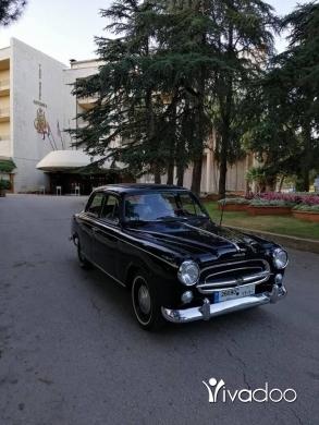 Peugeot in Beirut City - 15 000 $ Peugeot 403 Model 1958 Fully restored Mob:03640091 زحلة مار الياس, البقاع