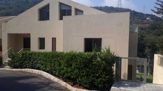 Apartments in Baabda - Duplex for rent in Kahaleh