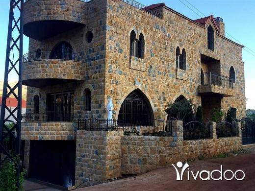 Villas in Hrajel - Villa For Sale In A Prime Location In Hrajel : L04505