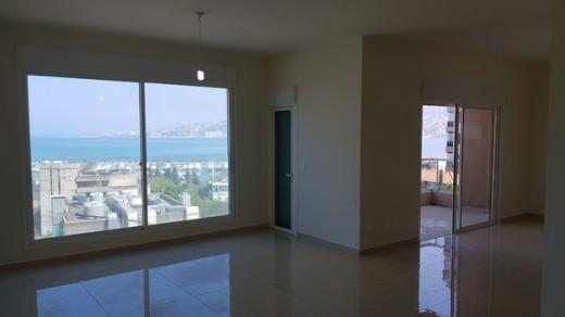 شقق في كسليك - Renovated Apartment For Rent in Kaslik : L04470