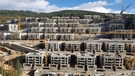 شقق في ادما - Brand New Apartment For Sale in a Gated Community of Adma