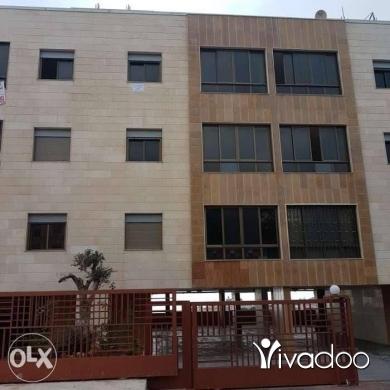 Apartments in Bchamoun - 400 $ شقة للايجار في بشامون طلعة مدرسة الييت بشامون, جبل لبنان