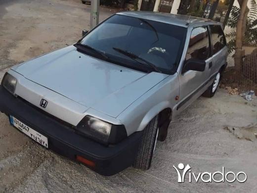 Honda in Beirut City - 1 400 $ هواند سفيك موديل 88 اوتوماتيك انقاض موتير فتايس جديد وتحت الفحص بيروت, بيروت