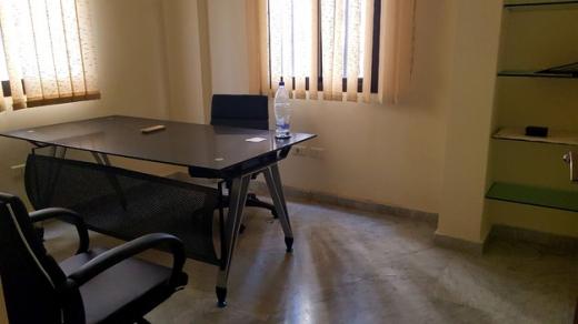 مكتب في كسليك - Fully decorated & furnished Office For Rent in Kaslik