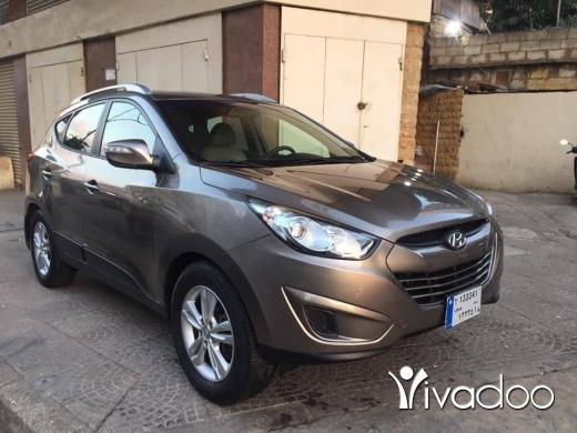 Hyundai in Beirut City - 9 999 $ Hyundai tucson model 2011 4wd 85000 km one owner ☎️