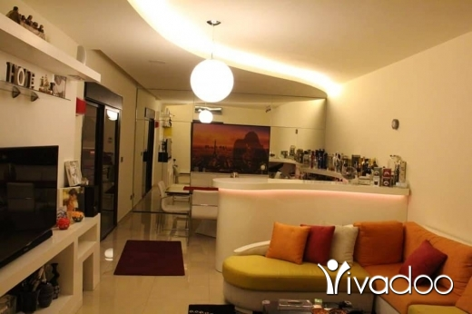 Apartments in Akkar el-Atika - 245 000 $ لقطة مغرية جدا شقة مفروزة حديثا في بياقوت حي راق جدا ١٦٥ م تل 81894144 كنيسة, عكار