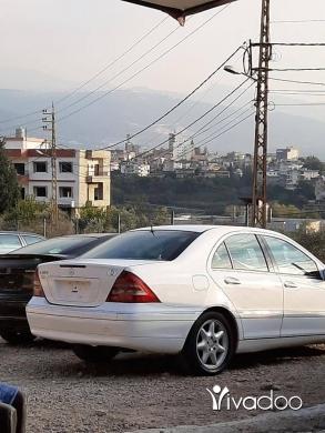 Mercedes-Benz in Beirut City - 4 700 $ Mercedes C 320 2001 kayen