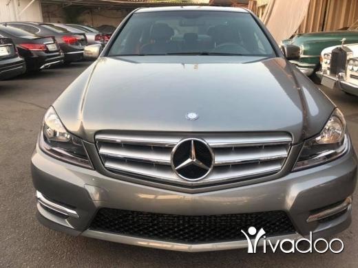 Mercedes-Benz in Beirut City - Expo rabih wehbiJ'aime la Page 17 octobre 2013 Mercedes Benz C250 full option Sport + تقسيط عبر البن