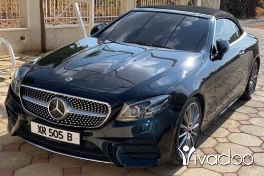 Mercedes-Benz in Zahleh - 70 455 414 $ Mercedes benz E300 mod 2019.13000klm.دون جمرك.٧٠٤٥٥٤١٤ زحلة حوش الامراء, البقاع