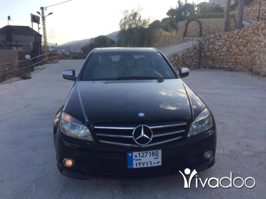 Mercedes-Benz in Bekka - 9 800 $ Mercedes C350 model 2008 ‎مشغرة, البقاع