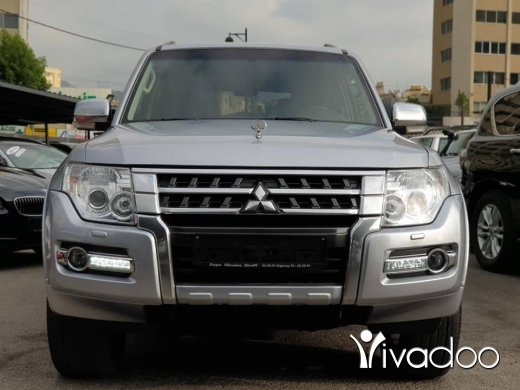 Mitsubishi in Beirut City - 27 000 $ 2015 Pajero 3.8L 4WD / Perfect condition / 79000km / No accidents / Fully loaded / Diff Loc