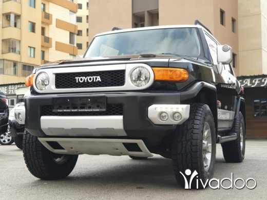 Toyota in Beirut City - 28 500 $ 2012 Toyota FJ Cruiser / Perfect condition / Original paint / Fully loaded