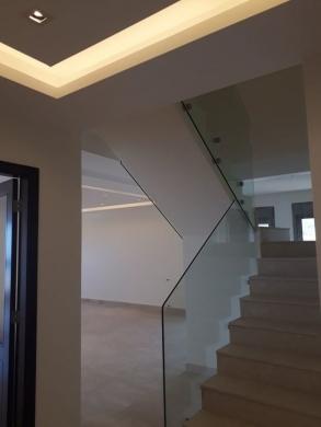Apartments in Ain Saadeh - شقة جديدة دوبلكس لللبيع في منطقة عين سعادة