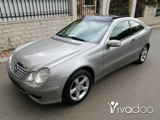 Mercedes-Benz in Zgharta - ‎C 230 compact mod 2005for sale
