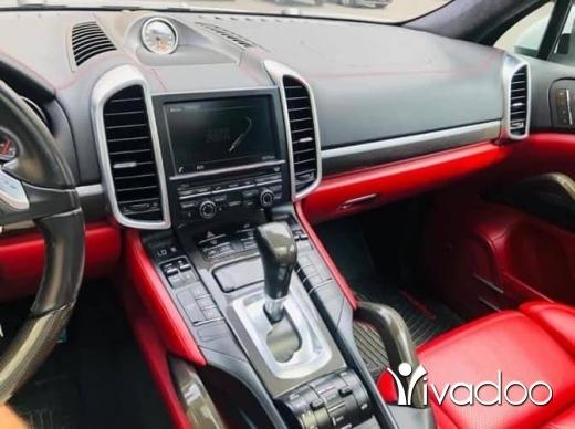 Porsche in Beirut City - Porsche cayenne gts 2014