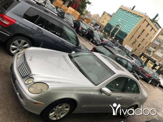 Mercedes-Benz in Sin el-Fil - e320 2004