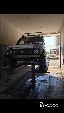 Jeep in Zgharta - Lada niva model l 2000 4 cylindre