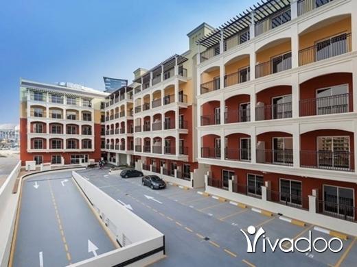 Apartments in Achrafieh - شقة للبيع في دبي  بلاقساط وبقسط 775$ شهري