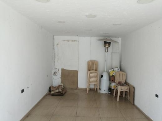Shop in Al Muallaqa - Shop for rent in maalaka
