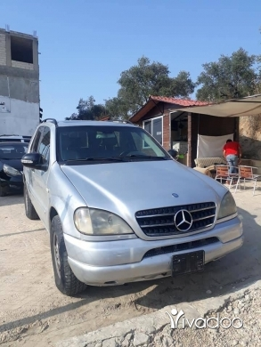 Mercedes-Benz in Zgharta - Mercedes ml 320 model 2000