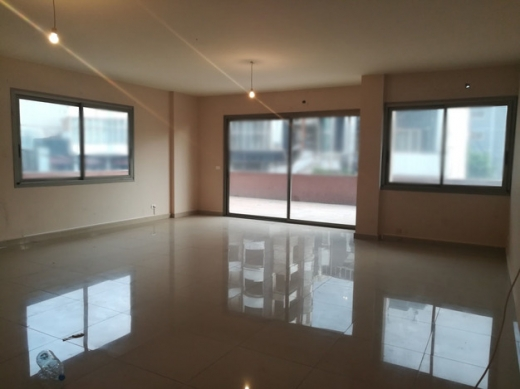 Office in Zalka - Office with terrace for rent in Zalka Highway SKY442
