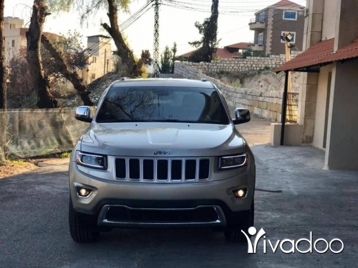 Jeep in Port of Beirut - Grand cherokee in excellent condition