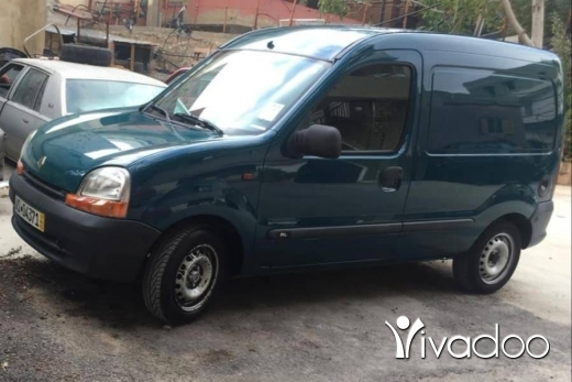 Renault in Port of Beirut - kangoo
