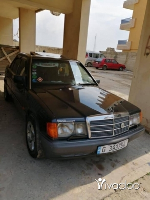Mercedes-Benz in Tripoli - Mercedes benz 190