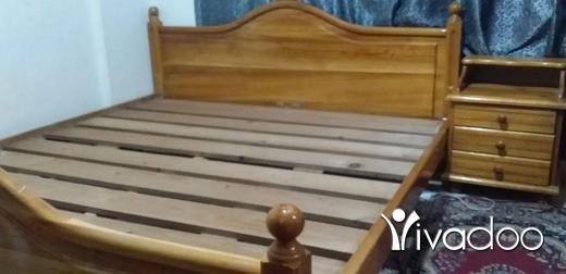 Other in Tripoli - للبيع تخت مجوز مع كومودين خشب سويدي بحالة ممتازة عرض 190