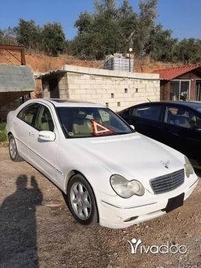 Mercedes-Benz in Zgharta - مرسيدس C320