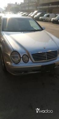 Mercedes-Benz in Tripoli - Clk 320 2001