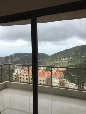 Apartments in Broumana - شقة مطلة على البحر  116م