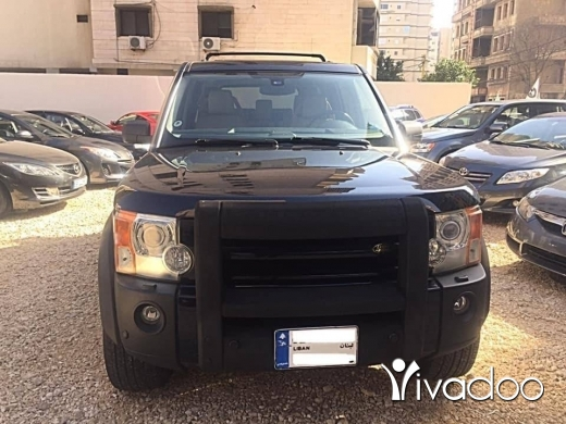Land Rover in Port of Beirut - Land rover LR3 Modell 2006 Clean car
