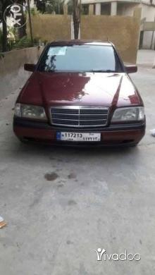 Mercedes-Benz in Deir Ammar - مرسيدس 180 سي موديل 95