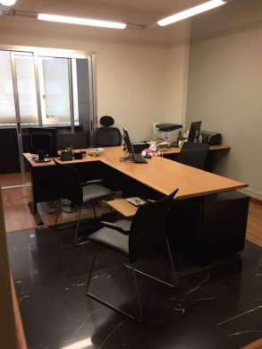 Office Space in Jdeideh - Furnished Office for sale in a prime location in Jdeideh